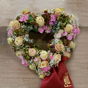 blattwerk-floristik-blumenladen-trauerfloristik-beerdigung-sarg-urne-blumen-grab-03